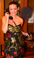 šaty telefon 2